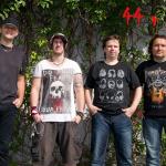 44 v klidu