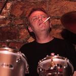 Dan Weber - bicí