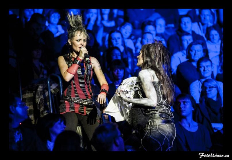 Zostra do sezóny: RockOpera Praha vykopne jubilejní desátou představením Antigona v sousedním Polsku