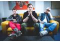 Skupina Poetika vydává svůj první obrovský hit Zkouším žít